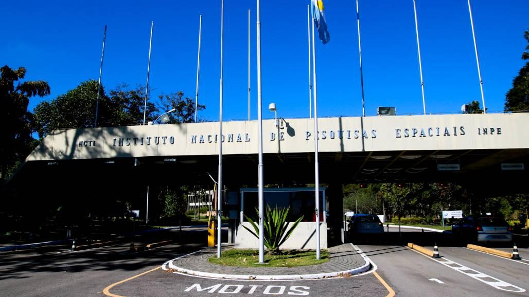 Inpe - Instituto Nacional de Pesquisas Espaciais (Pedro Ivo Prates)
