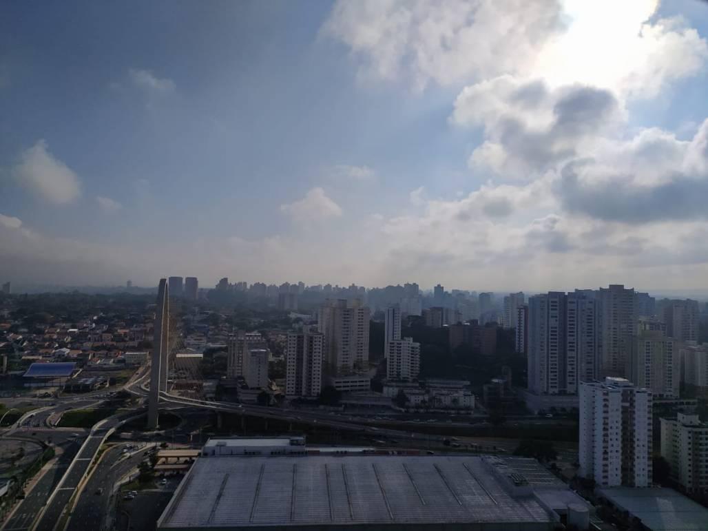 Previsão do Tempo sol entre nuvem céu azul - Meon (Meon)