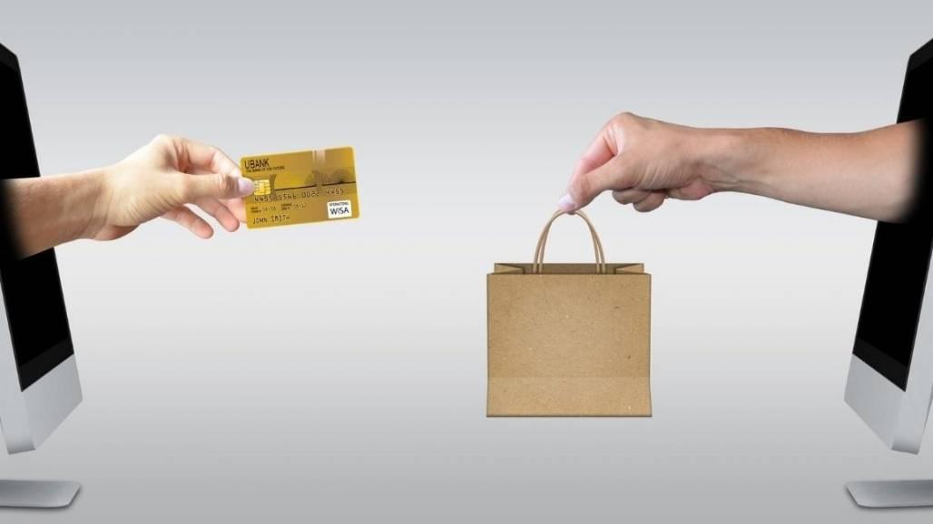 compras online (Reprodução/Canva)