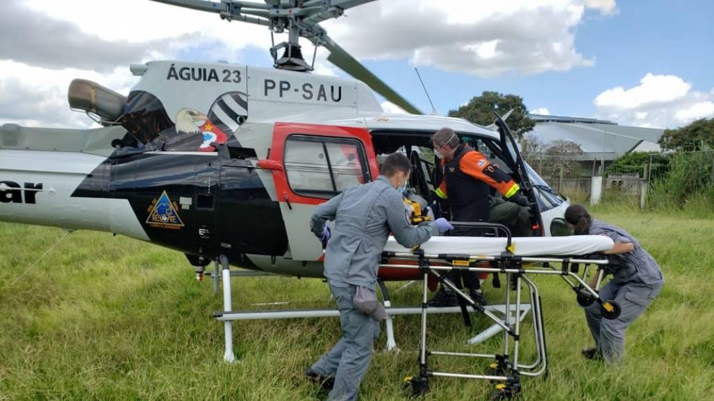 ACIDENTE NA REGIÃO DO TRECHO DE JACAREÍ (Divulgação / Polícia Militar)