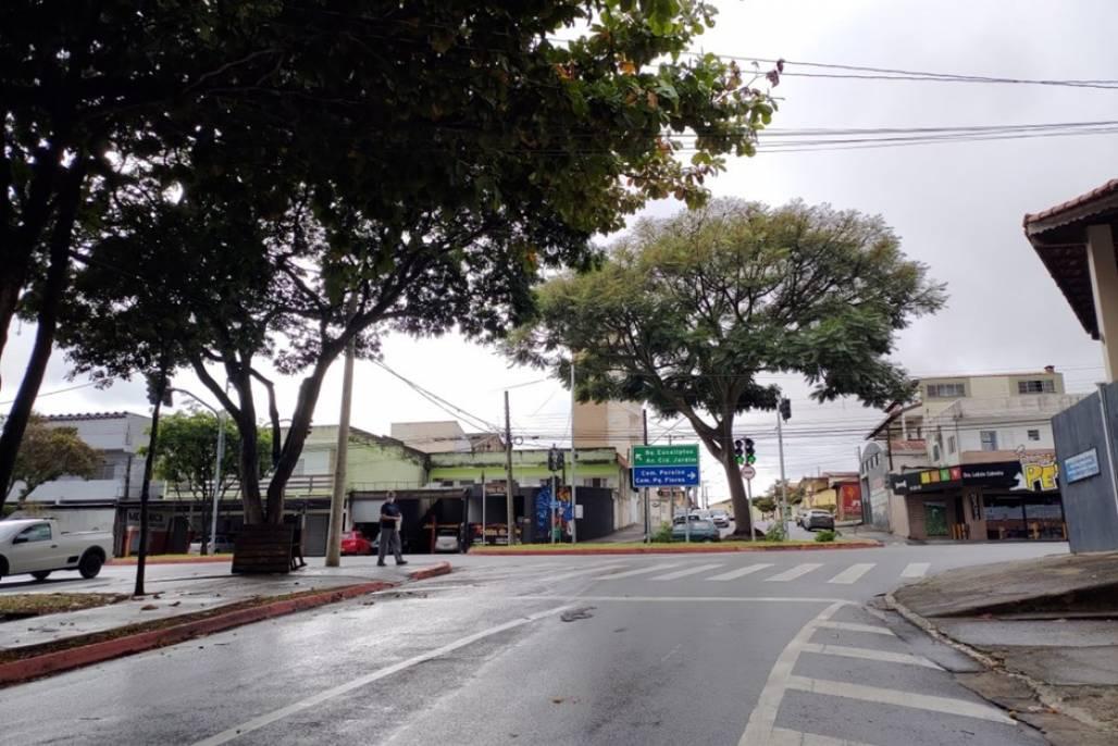 rotatoria-rua-gisele-martins (Foto: Divulgação/PMSJC)