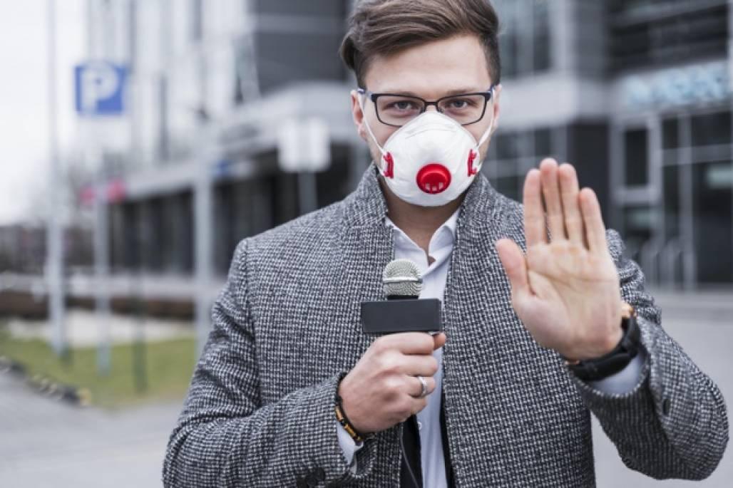 repórter máscara