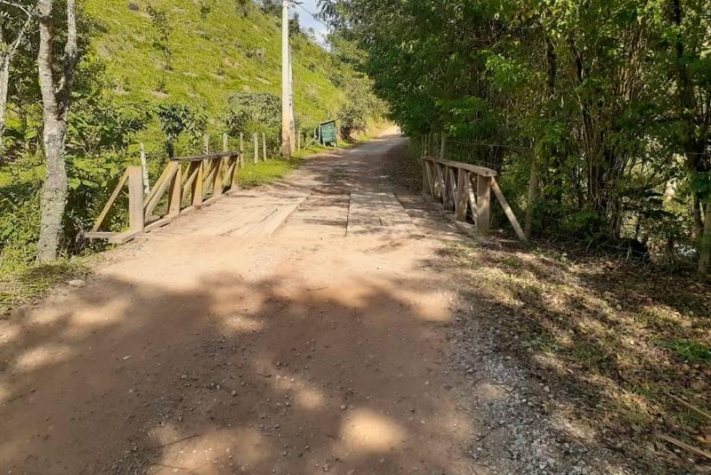 estrada do guirra  (Foto: Divulgação PMSJC)