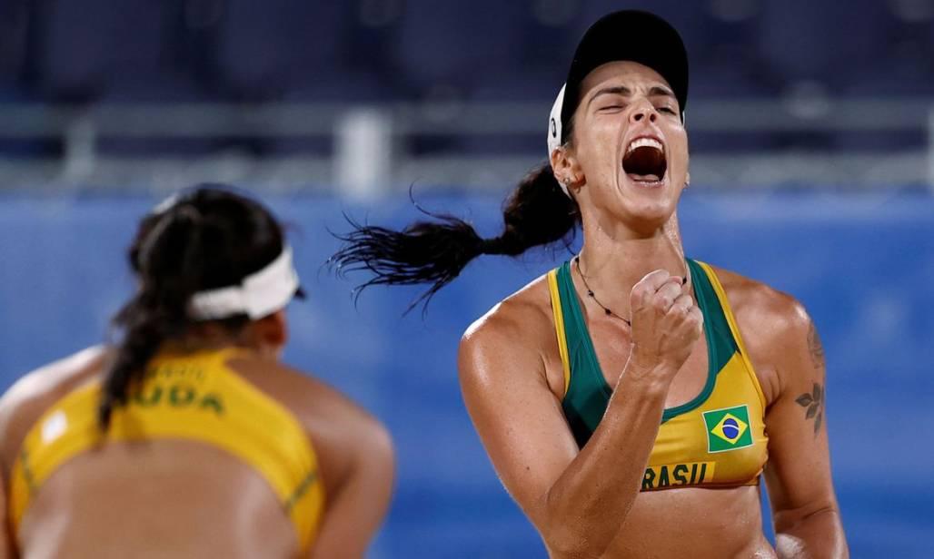 volei de praia feminino (Pilar Olivares/Reuters)