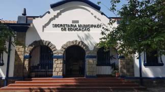 secretária municipal de educação de taubaté