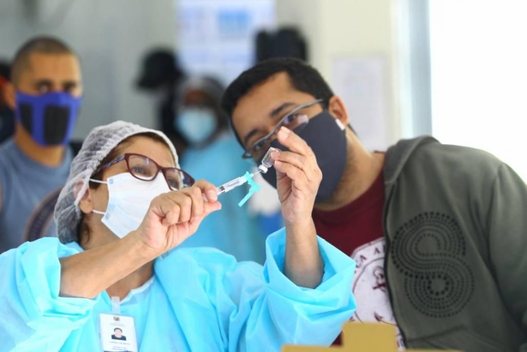 vacina sjc (Claudio Vieira/PMSJC)