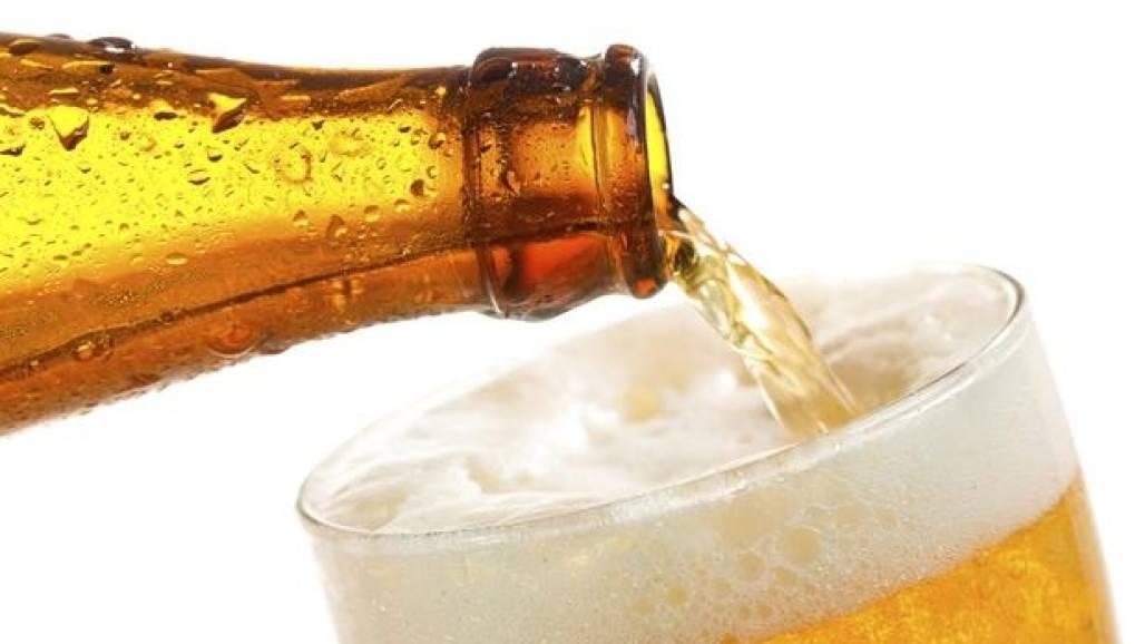 cerveja_deixa_os_homens_mais_inteligentes_diz_estudo1429017524