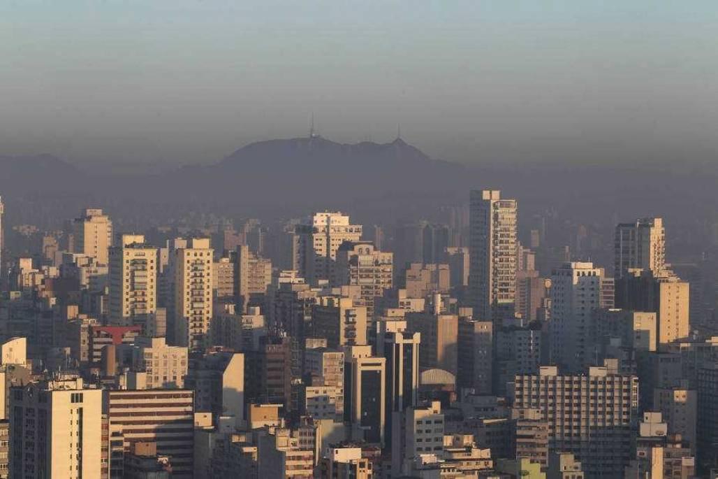 A previsão é de tempo seco, com baixas taxas de umidade relativa do ar na capital paulista são paulo Foto: Felipe Rau/ESTADÃO
